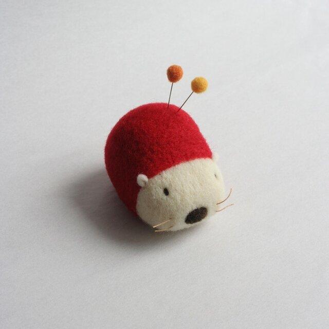 羊毛はりねずみ針山・・・(いちご)の画像1枚目