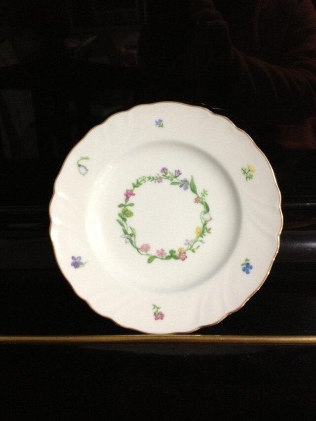 小さなお花のリース皿の画像1枚目