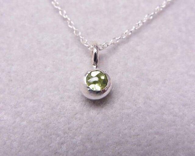ペリドットの純銀の珠の画像1枚目