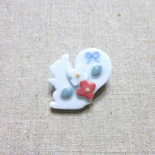 小花りすブローチの画像1枚目