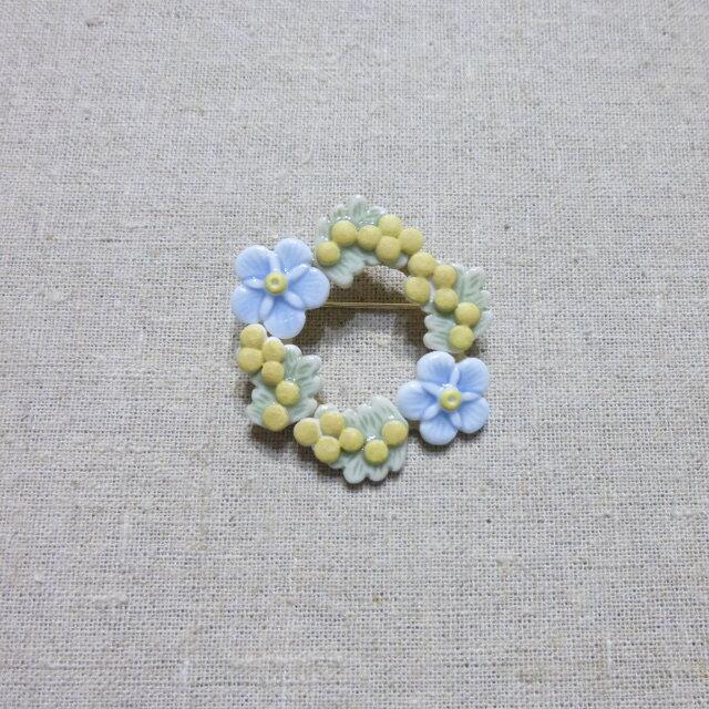 e.n.ブローチ ミモザ&忘れな草の画像1枚目