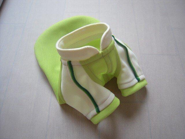 犬服 小型犬用ラグランTシャツ(黄緑&白)の画像1枚目