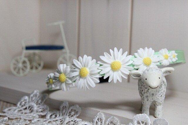 お花畑のカチューシャ(パステルグリーン)の画像1枚目