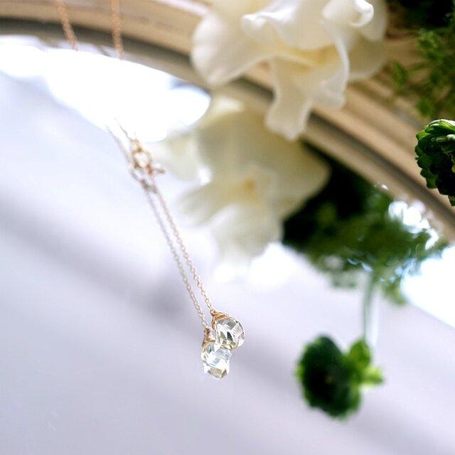ツイストカットレモンクォーツと淡水真珠のY字ネックレス ~Christelleの画像1枚目