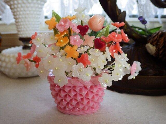 小さな石鹸かごに花盛り(モリモリタイプ)。ソープカービングの画像1枚目