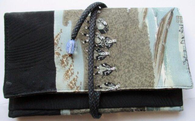 着物リメイク 黒の羽織と長襦袢で作った和風財布 2222の画像1枚目