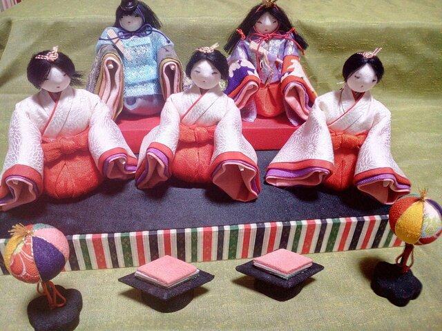 古布チリメンの袴をはいたお雛様 大の画像1枚目