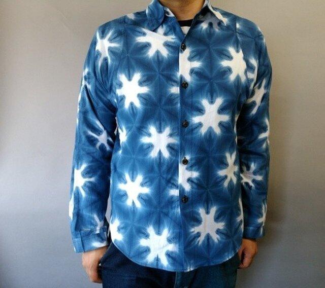 雪花絞り染め長袖シャツの画像1枚目