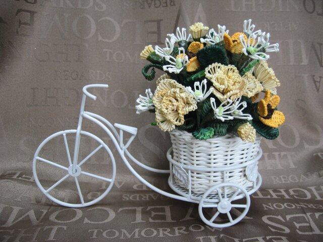 籐の花・自転車の置物(小)の画像1枚目