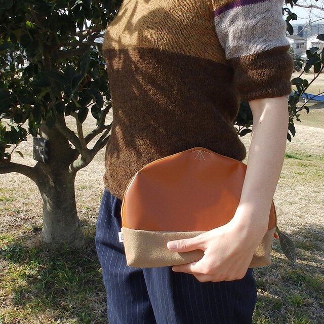 栗クラッチバッグ(茶きつね)の画像1枚目