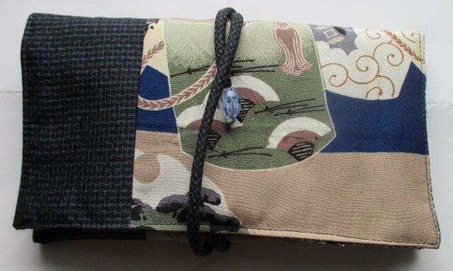 着物リメイク お宮参り着で作った和風財布 2252の画像1枚目