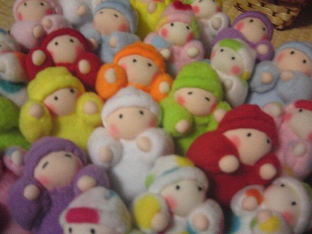 フリースの赤ちゃん人形(旅立ちのお供にも)の画像1枚目