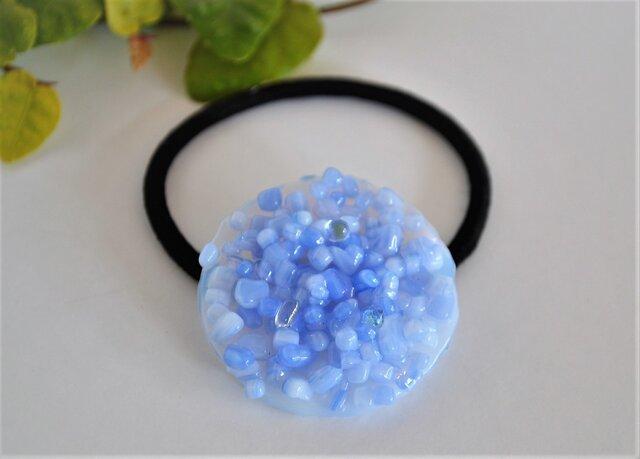 フリットガラスの髪飾り(ブルー) ヘアゴムの画像1枚目