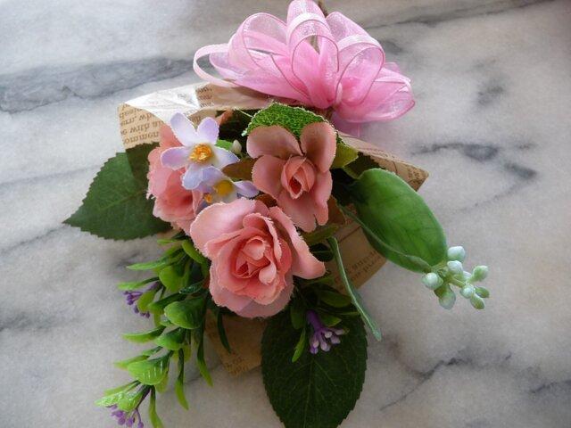 バラの花束の画像1枚目