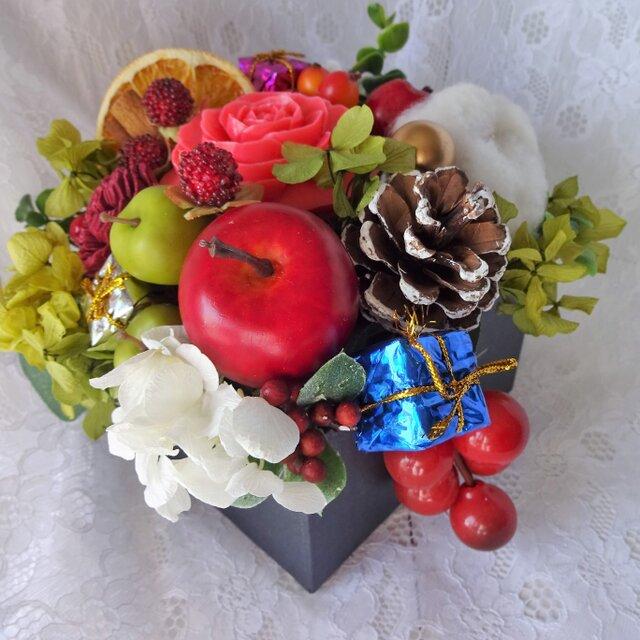 石鹸彫刻 香る花クリスマスアレンジの画像1枚目