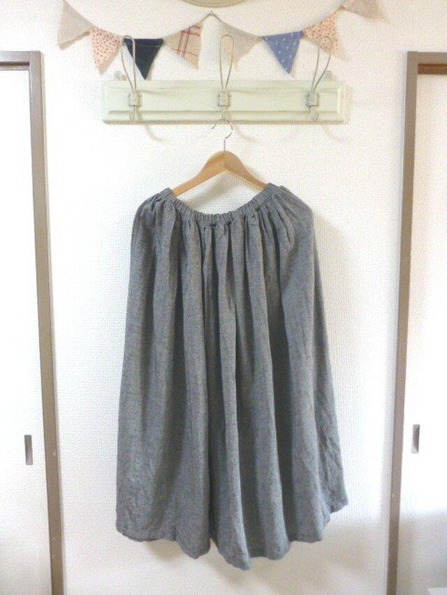 黒系シャンブレーリネン100% たっぷりギャザースカートの画像1枚目