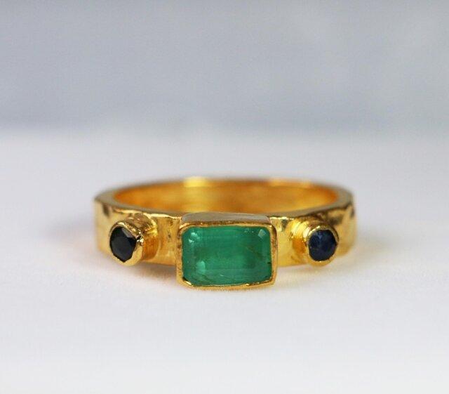 古代スタイル*エメラルド 指輪* 8.5号 スターリングシルバー(ゴールド)の画像1枚目