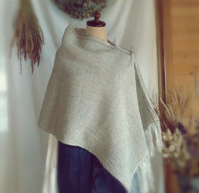 手織り リトアニアリネンのポンチョ グレーの画像1枚目