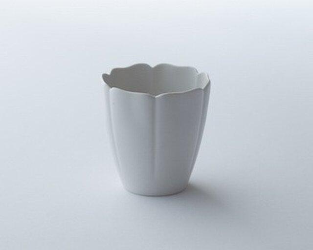 白磁輪花小鉢の画像1枚目