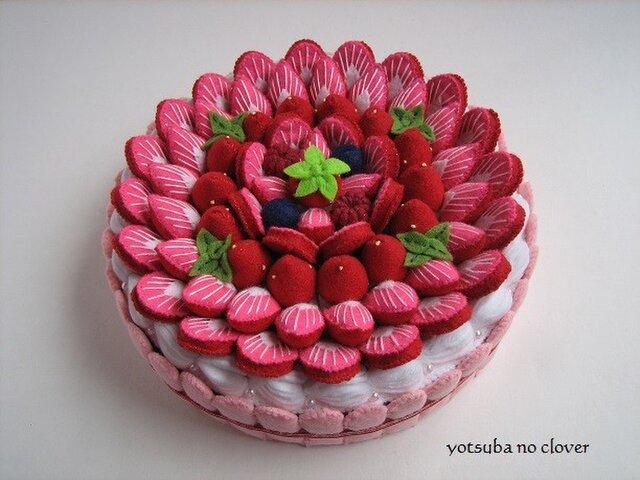 《直径17㎝》いちごづくしケーキの画像1枚目