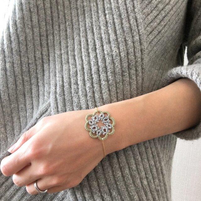 tatting lace bracelet【circle】の画像1枚目