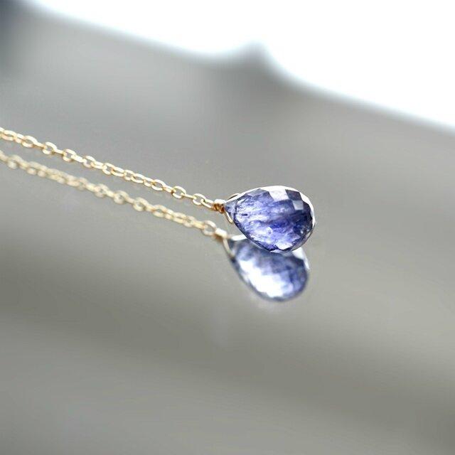 大粒アイオライトと淡水真珠のY字ネックレス ~Marliaveの画像1枚目