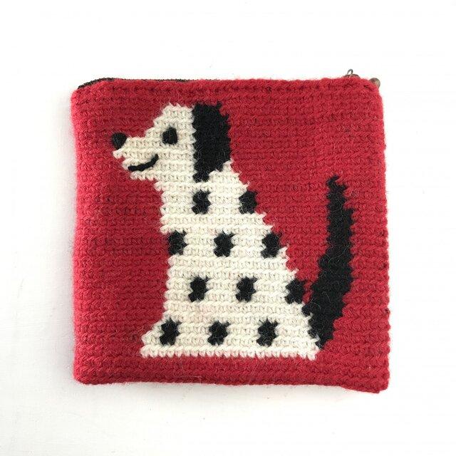かぎ針編みのポーチ  いぬ  (赤)の画像1枚目