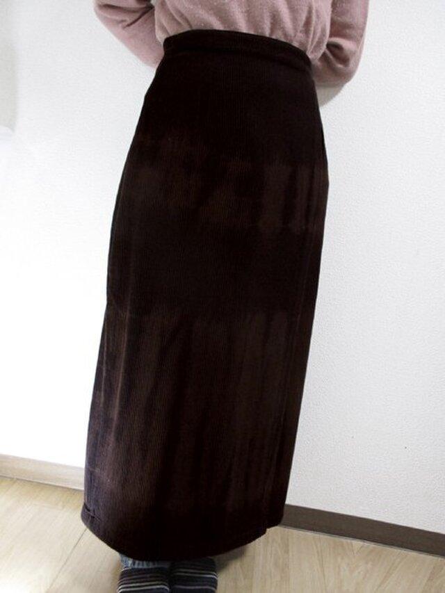 巻きスカート・マキシ丈(横段絞り染・こげ茶色)の画像1枚目