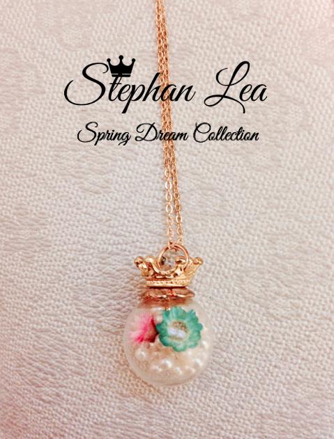 ★Stephan Lea★金の王冠春の思い出ドーム青とピンクの花パールペンダントの画像1枚目