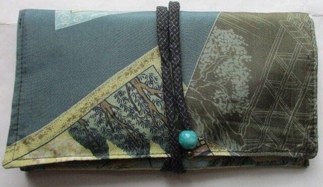 送料無料 着物リメイク 羽織の裏地で作った和風財布 2464の画像1枚目