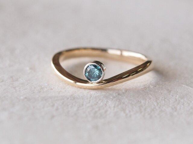 ブルーダイヤモンド指輪の画像1枚目