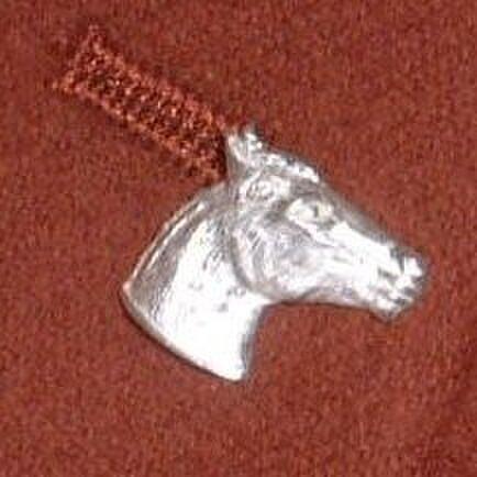 馬 スターリングシルバー  ラペルピン バッチ タイピン lapel005 右向きの画像1枚目