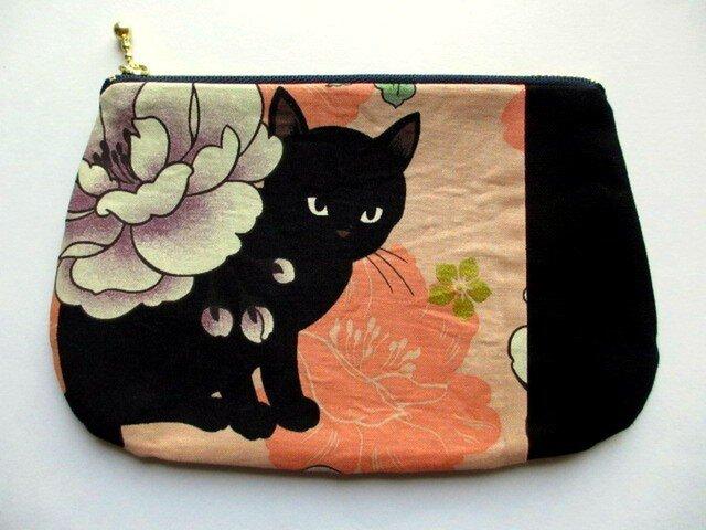 黒猫の和柄平ポーチ*オレンジAの画像1枚目