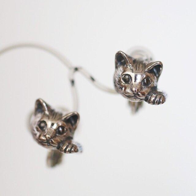 まねき猫イヤリング ピクシー 片耳 / SILVERの画像1枚目