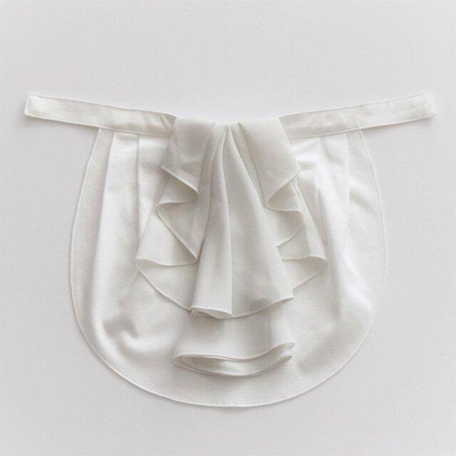 ドレスにも合う胸元カバー【デコレボンヌ】フリルデコレ(白)の画像1枚目