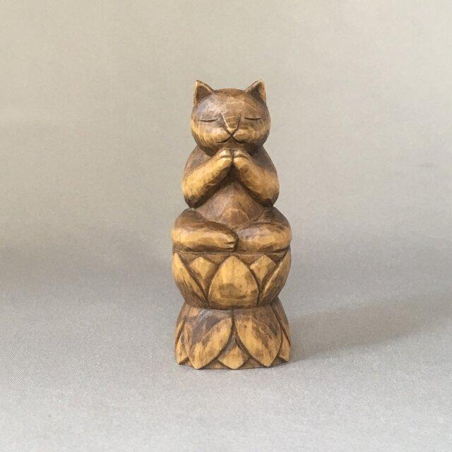 木彫りの合掌ねこ 猫仏シリーズの画像1枚目