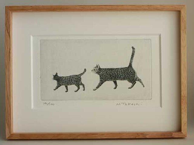 お散歩・二匹の猫/ 銅版画 (額あり)の画像1枚目