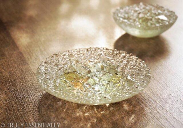 ガラスのアクセサリートレイ -「 灯りのタネ 」 ● 緑・12cmの画像1枚目