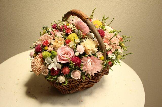 K様オーダー「かわいいバスケットにお花畑」の画像1枚目