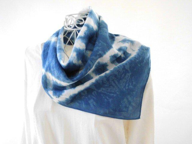 2_極細リネンの藍染めバンダナ(天然藍・絞り染め)限定品の画像1枚目