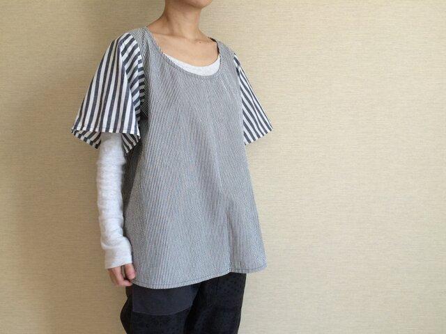 シャツ生地のゆるTシャツ002(グレーストライプ)(B001)の画像1枚目