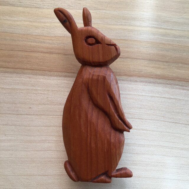 wooden rabbit brooch 06bの画像1枚目