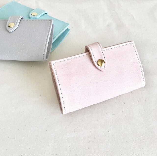 淡いピンク色のiphone7ケースの画像1枚目