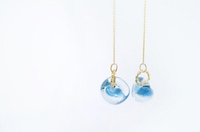 <Coco~色ずく雫~>しずくイヤリング◎ブルー/水色の画像1枚目