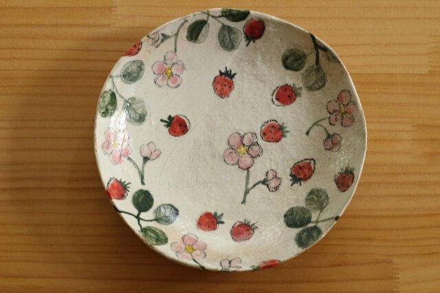 いちごの粉引パスタ皿の画像1枚目