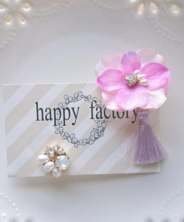 flowerタッセルと淡水パールbijouのイヤリング(ローズ)の画像1枚目