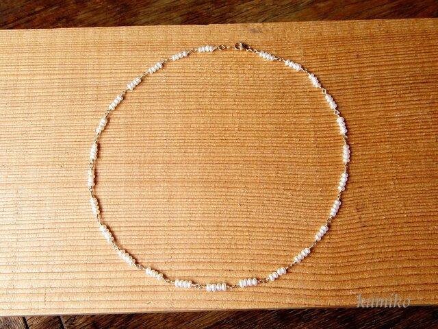 淡水ベビーパールのめがね留めネックレスです(約40cm)26の画像1枚目