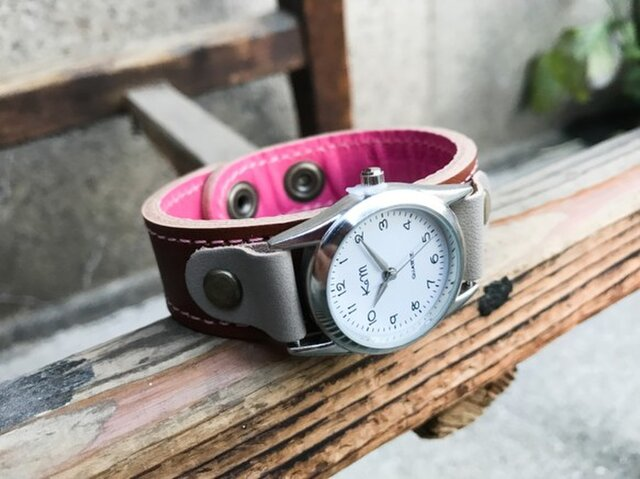【送料無料】毎日つけていたくなる時計「ステッチラン 腕時計」受注生産(SRW-BPH-PA)Ⅱの画像1枚目
