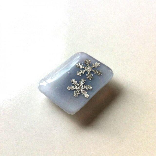 プラチナ箔 雪ver.4RWガラス帯留の画像1枚目