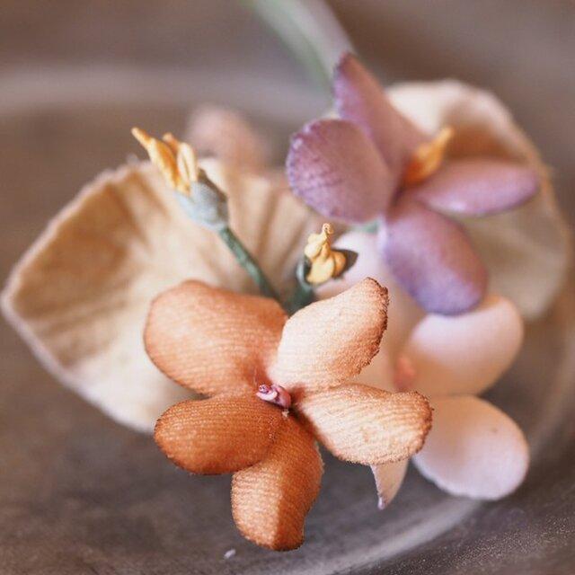 布染花*violette*コサージュ*aの画像1枚目